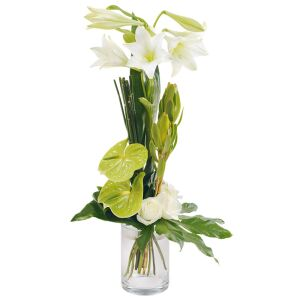longstemmed bouquet in white colours